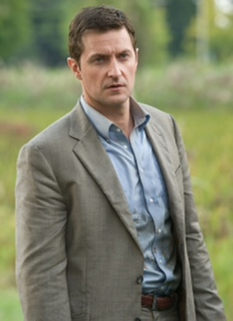 "Richard Armitage is Vice-Principal, Math Teacher, Football Coach, Dad and Hero in ""Into the Storm"""