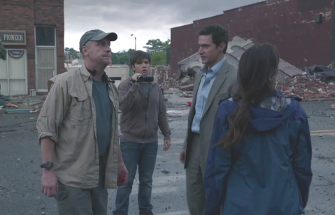 Pete (Matt Walsh), Trey (Nathan Kress, Gary (RA) and Allison (Sarah Wayne Callies) take stock after the first wave of storms.